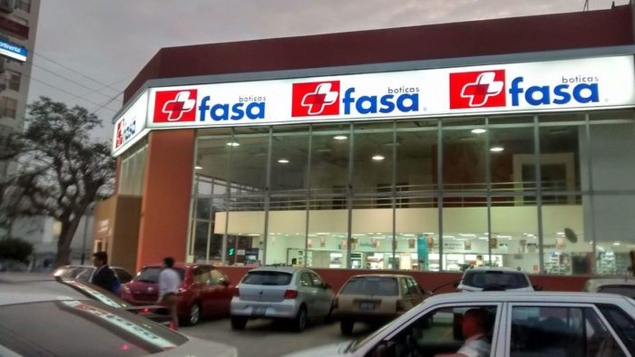 botica-fasa-pharmacy-peru
